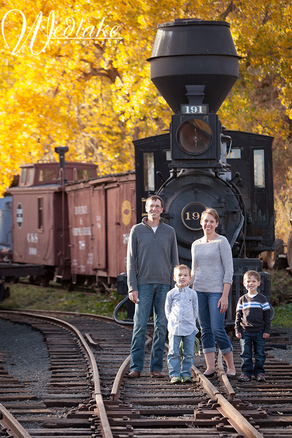 Golden CO family photographer