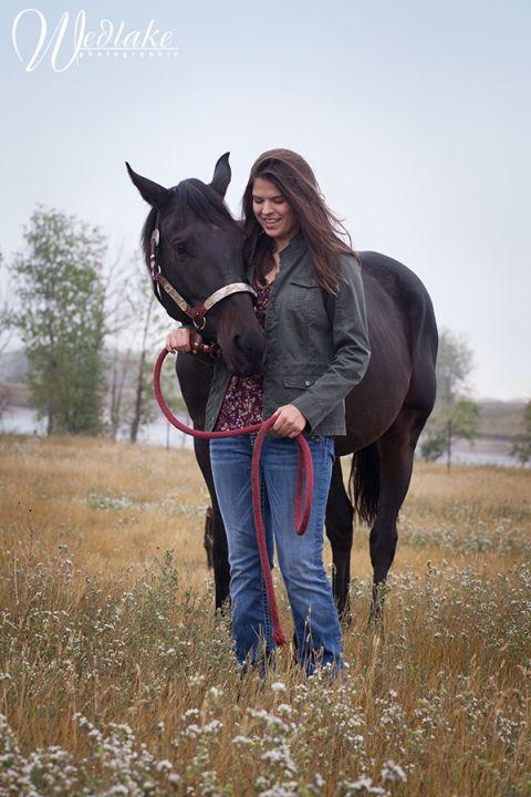horse farm senior portrait photography
