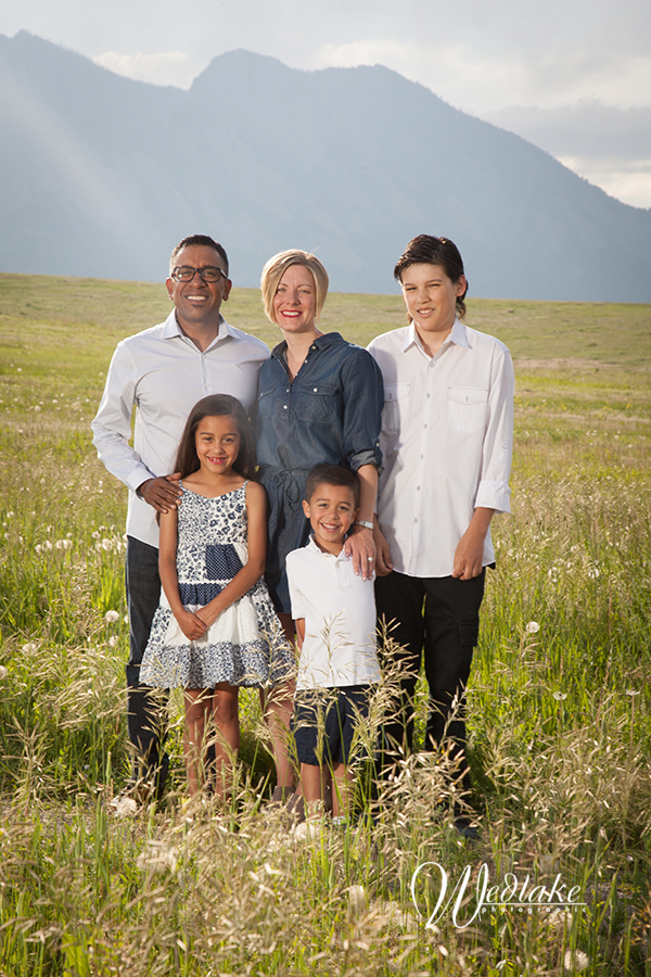 family photo with mountain views Denver